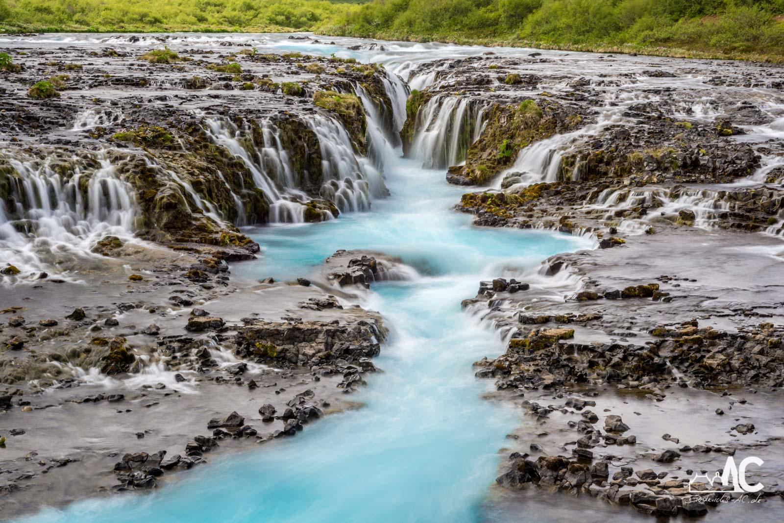 Der vermeintlich schönste Wasserfall Islands, der Bruarfoss.